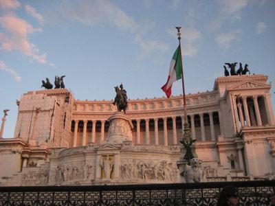Monumento Vittorio Emmanuele II (geschummelt... in diesem Licht erst einen Tag später gesehen...)