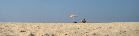 Gegenteil von Playa del Sol im Juli