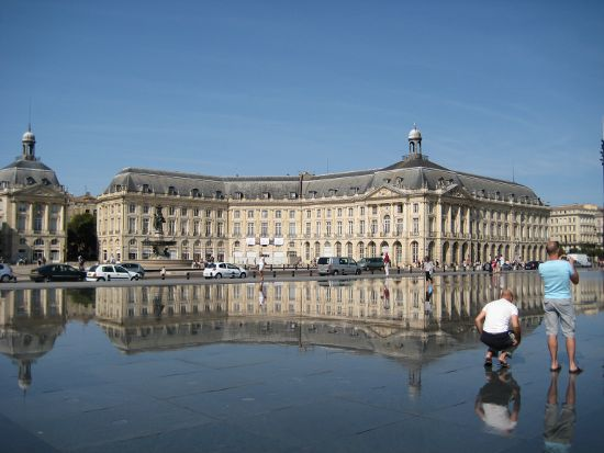 Miroir d'eau, Place de la Bourse