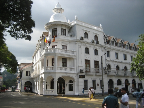 Queen's Hotel, Kandy
