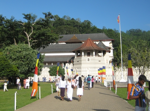 Kandy: Zahntempel / Tooth Temple